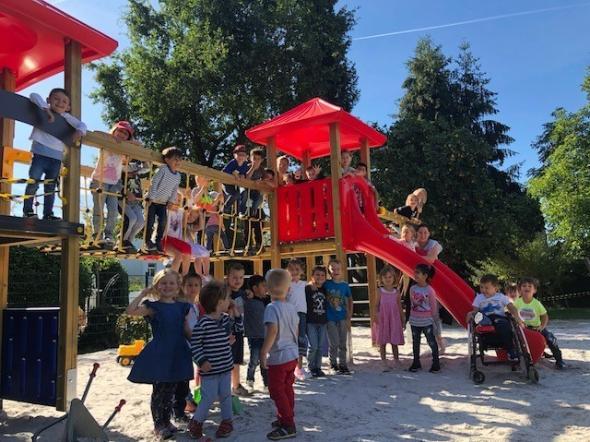 Klettergerüst Haus : Neues klettergerüst im familienzentrum st. peter und paul pfarrei